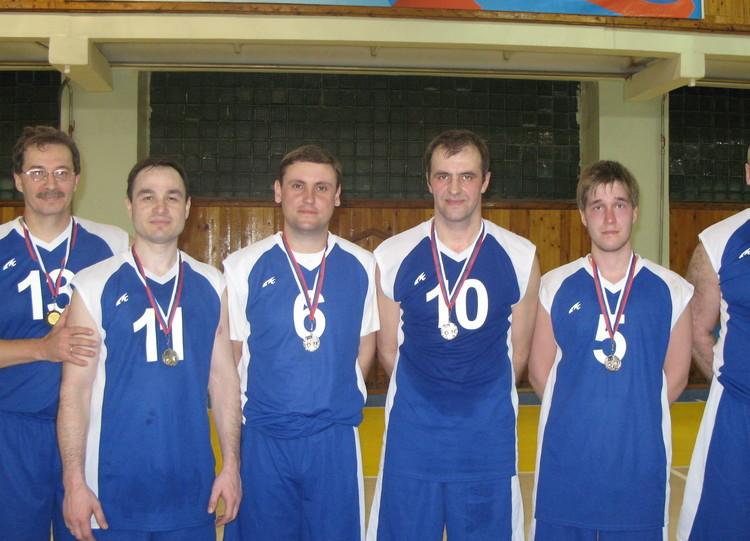Баскетбол, мужчины, 2 место