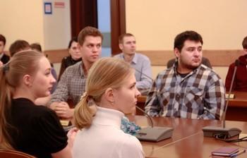 Аспиранты первого года обучения получили аспирантские удостоверения