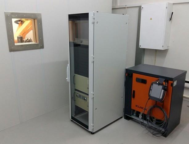 Макет устройства вывода электронного пучка в область с атмосферным давлением на основе плазменного эмиттера