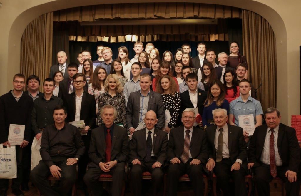 12апреля накафедре РТСсостоялся праздничный концерт, посвящённый Днюкосмонавтики июбилейному году полёта Ю. Гагарина (видео)