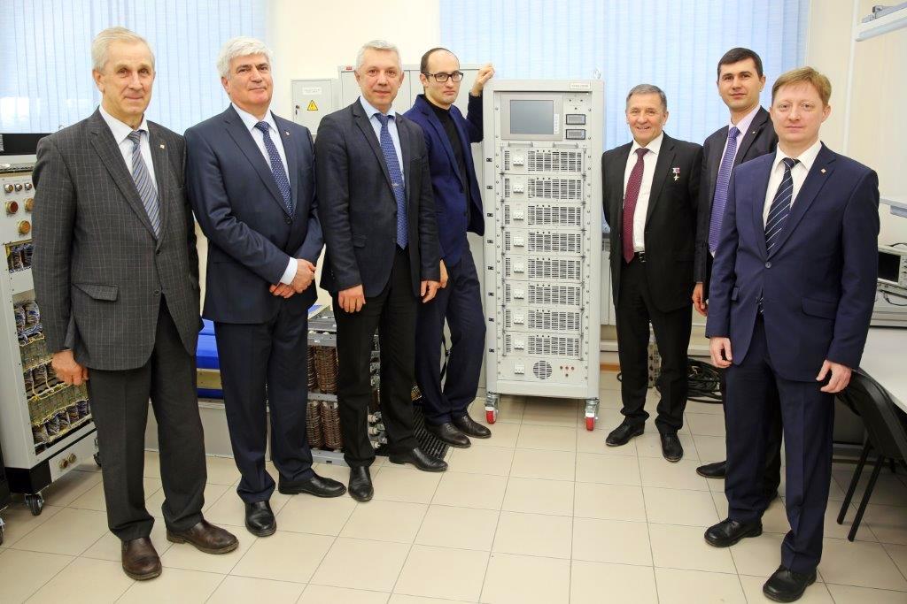 НИИАЭМ ТУСУР приступил кпроизводству нового поколения оборудования дляназемных испытаний спутников (видео)