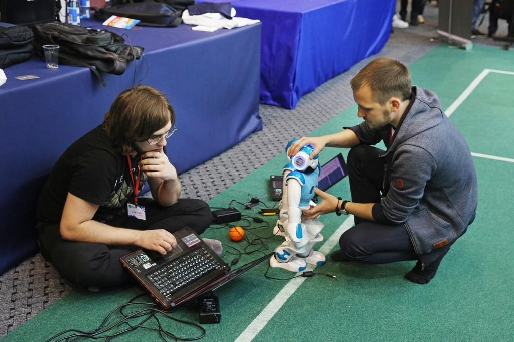 Начались соревнования RoboCup Russia Open 2016