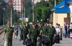 Четверо выпускников ТУСУРа отправились служить внаучные роты ВСРФ