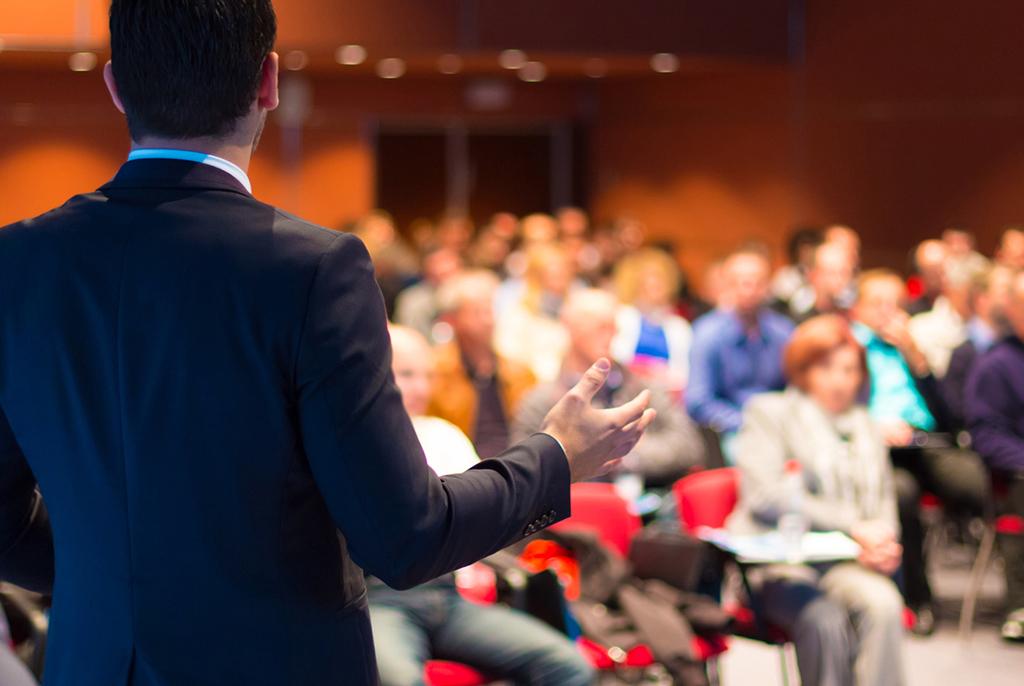 6октября вбизнес-инкубаторе ТУСУРа состоится встреча суспешными IT-предпринимателями
