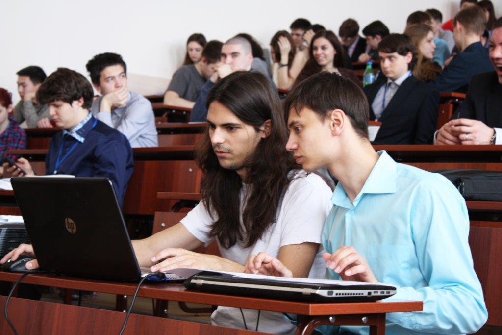 Студенты ТУСУРа участвуют впроекте посозданию системы дляпроведения компьютерно-технических экспертиз