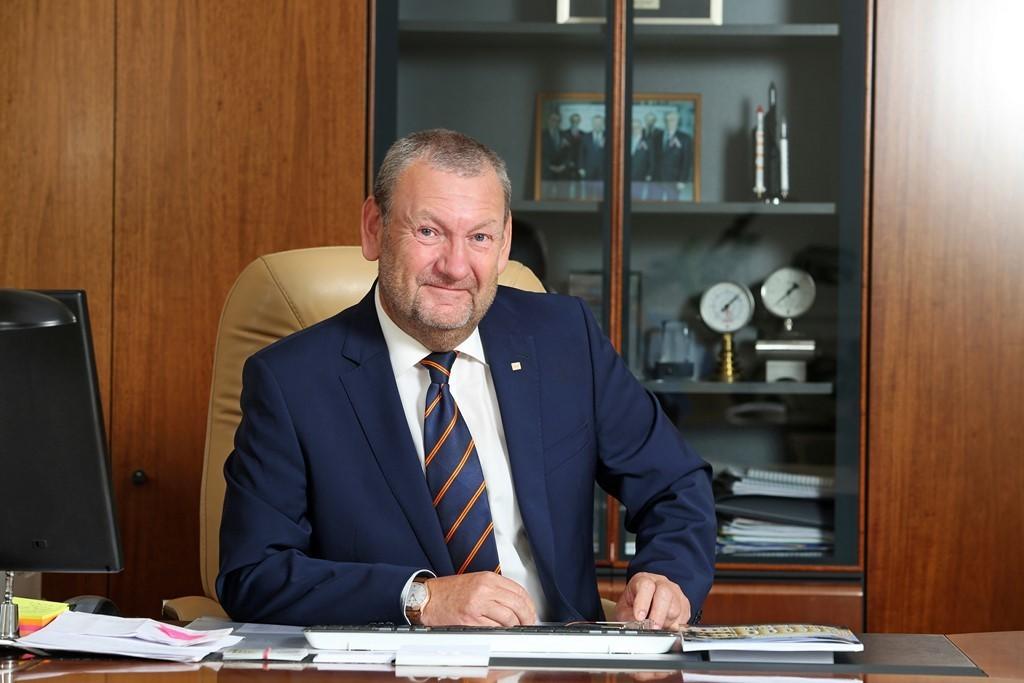 Ректор ТУСУРа поздравил РЭУимени Плеханова сюбилеем