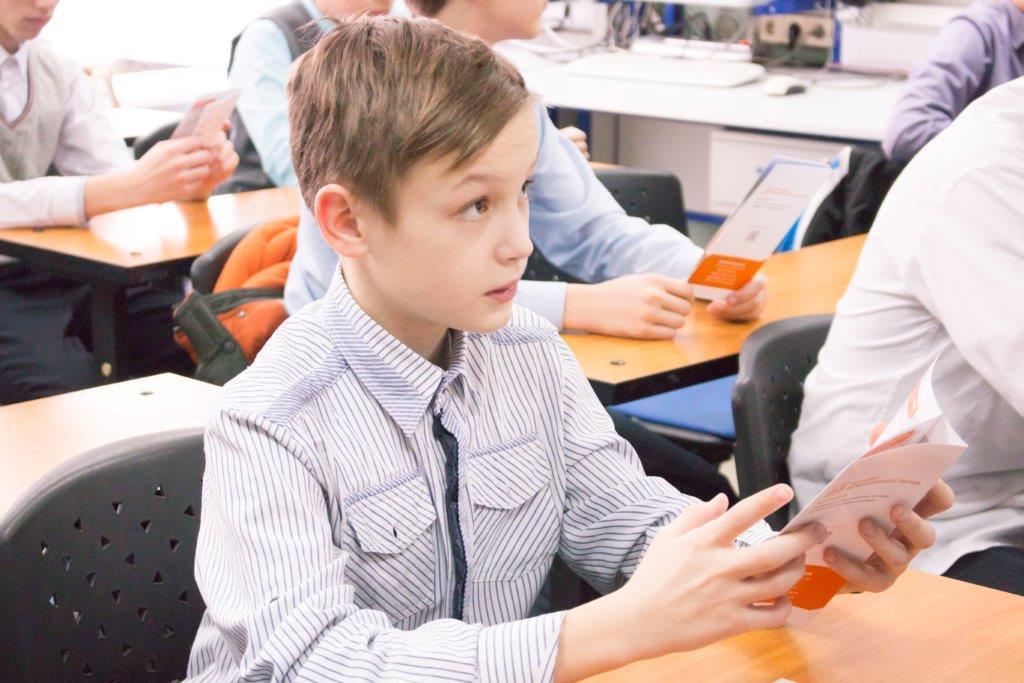 ВТУСУРе прошли экскурсии имастер-классы длялицеистов ТФТЛ