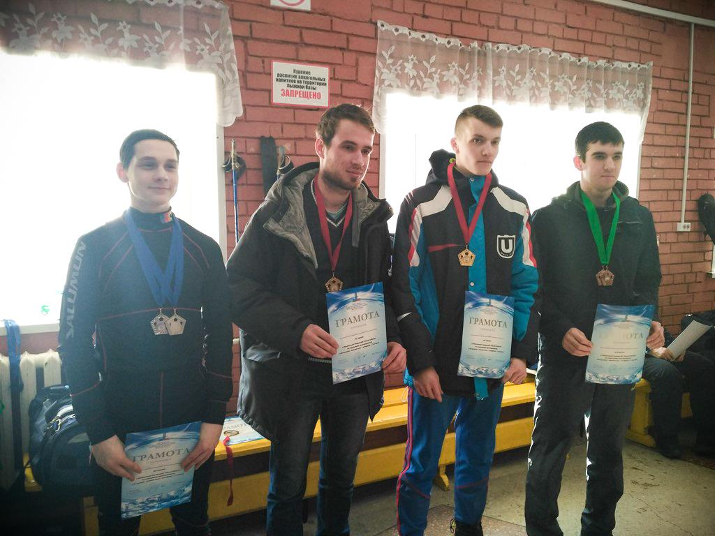 Сборная ТУСУРа заняла второе место всоревнованиях поспортивному ориентированию налыжах