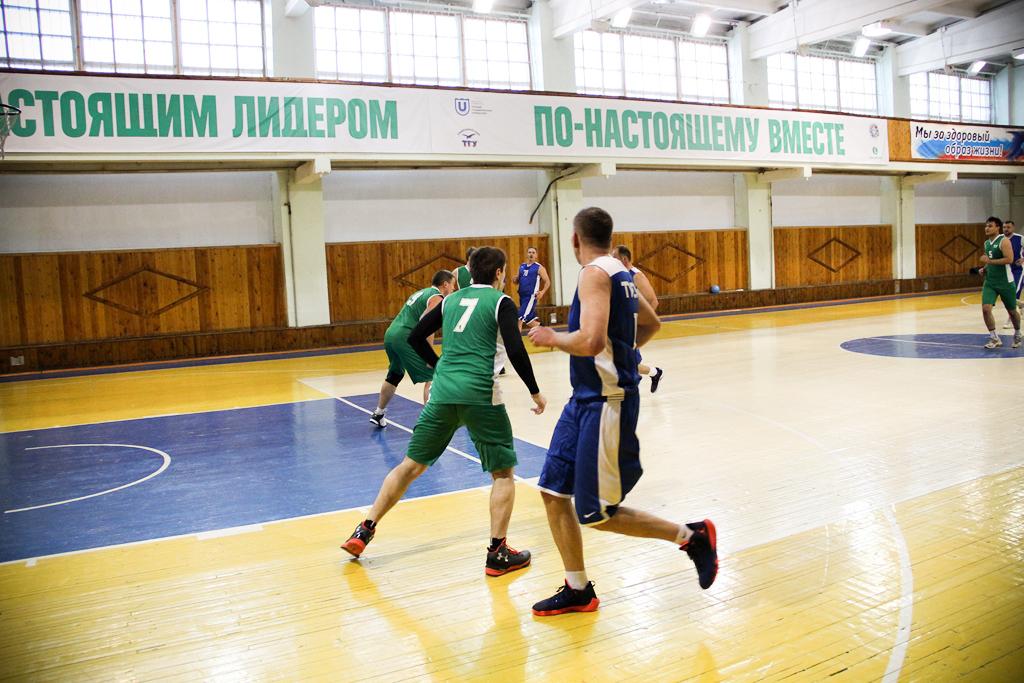 Подведены промежуточные итоги межвузовской спартакиады среди сотрудников вузов Томска