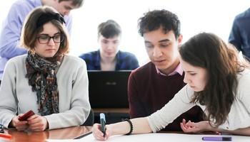 ВТУСУРе школьники стали IT-ревизорами