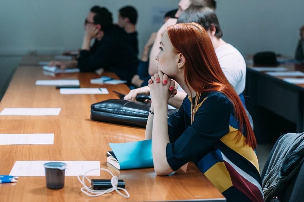 23марта вСБИ «Дружба» ТУСУРа состоялся семинар длямолодых предпринимателей «Есть идея! Гдевзять деньги?»