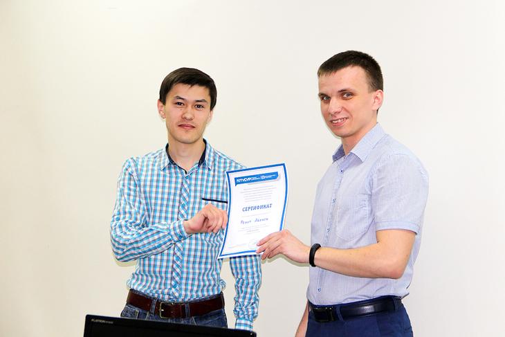 Ренат Абенов, победитель розыгрыша среди выпускников