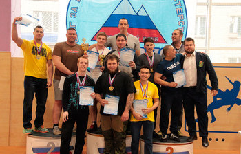 Команда ТУСУРа стала победителем чемпионата Томской области ирегиональной универсиады попауэрлифтингу