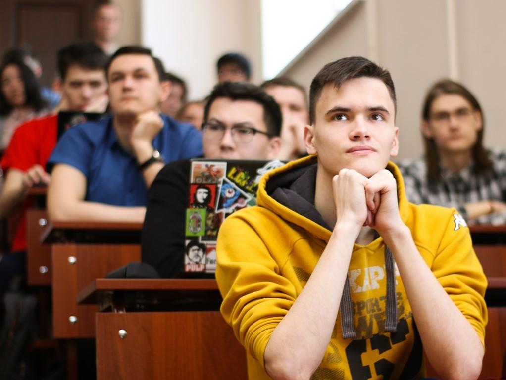 ВТУСУРе наградили лучших молодых специалистов вобласти информационной безопасности