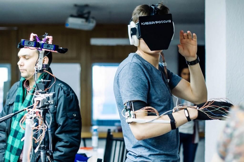 Резидент бизнес-инкубатора «Дружба» команда Tilt Shift стала победителем первого федерального хакатона поVR + HoloLens «Кибер Россия»