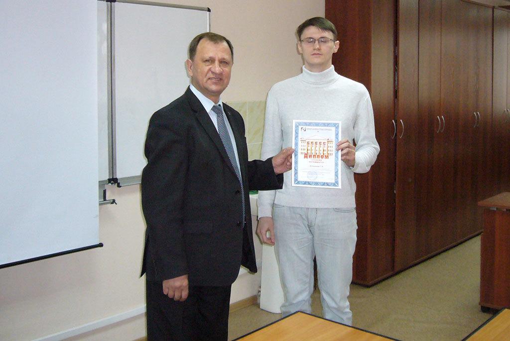 Лучшие докладчики конференции «Научная сессия ТУСУР – 2017» были награждены премией имени Е. С.Коваленко