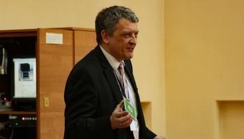 Доктор технических наук Тальгат Рашитович Газизов