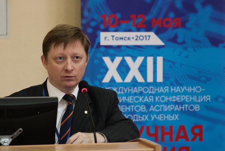 Проректор по научной работе и инновациям ТУСУРа Роман Валерьевич Мещеряков
