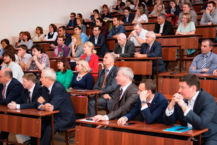 Встреча с профессорско-преподавательским составом, студентами, магистрантами и аспирантами ТУСУРа