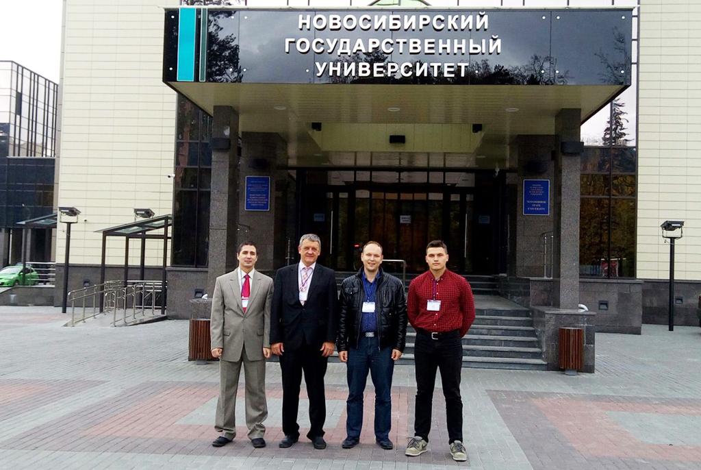 Т. Р. Газизов с докторантом С. П. Кускенко и аспирантами В. Р. Шарафуддиновым и Р. Р. Газизовым