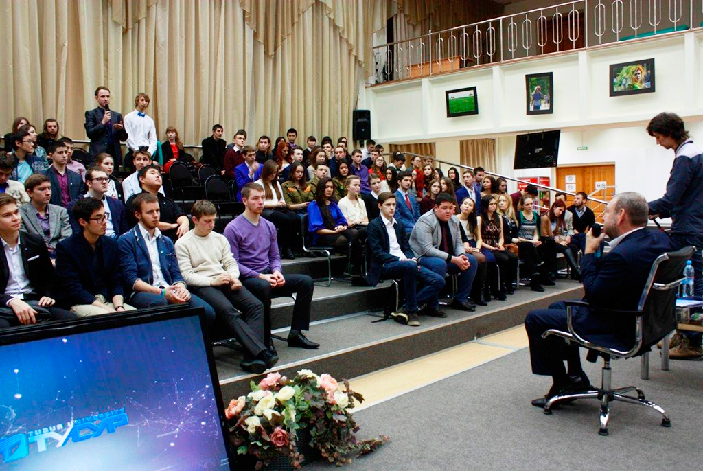 Ректор ТУСУРа обсудит будущее университета состудентами