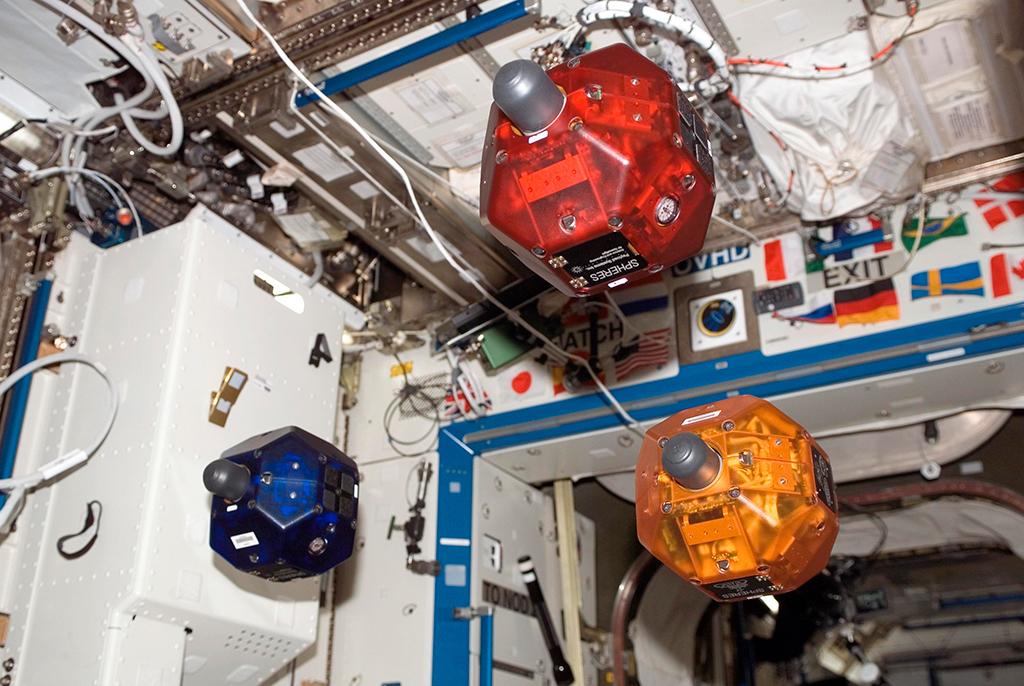Воспитанники STEM-центра ТУСУРа – вполуфинале Spheres Zero Robotics