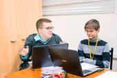 Школьники вТУСУРе научатся искать «жучков», спасать светодиод исовершать виртуальные прогулки