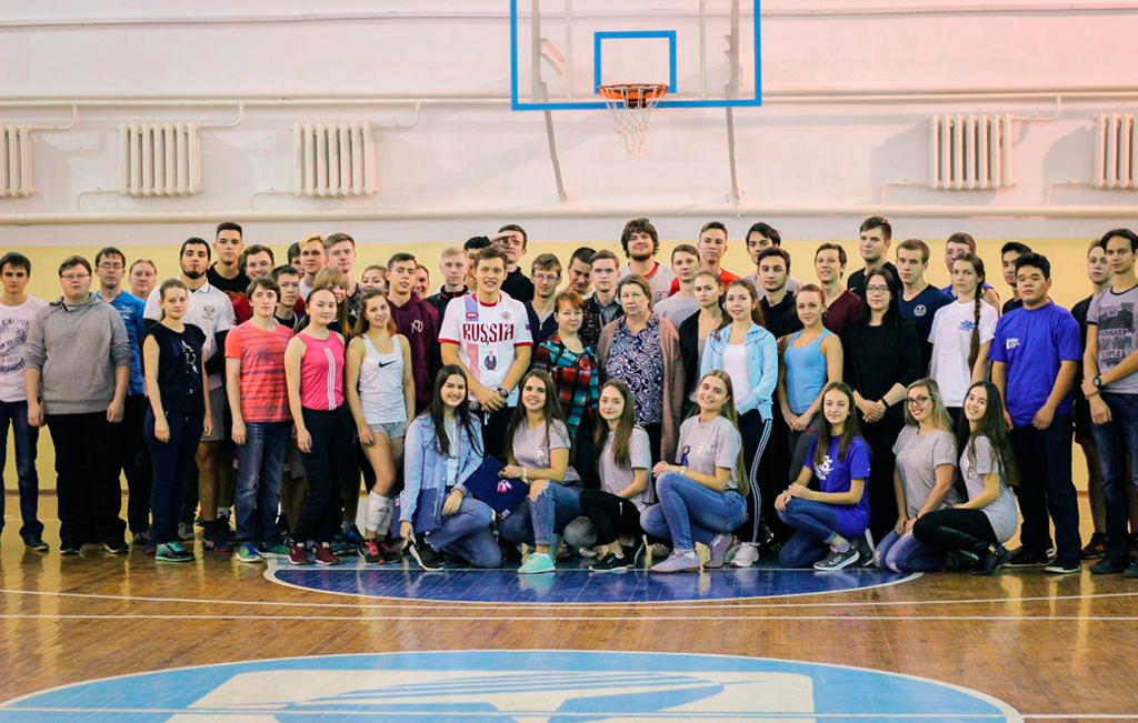 Студенты vs. преподаватели: ФБТУСУРа провёл спортивный батл