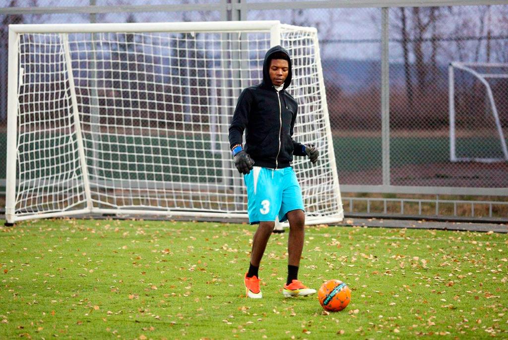 Новые игроки: иностранные студенты ТУСУРа вошли всборную вуза пофутболу