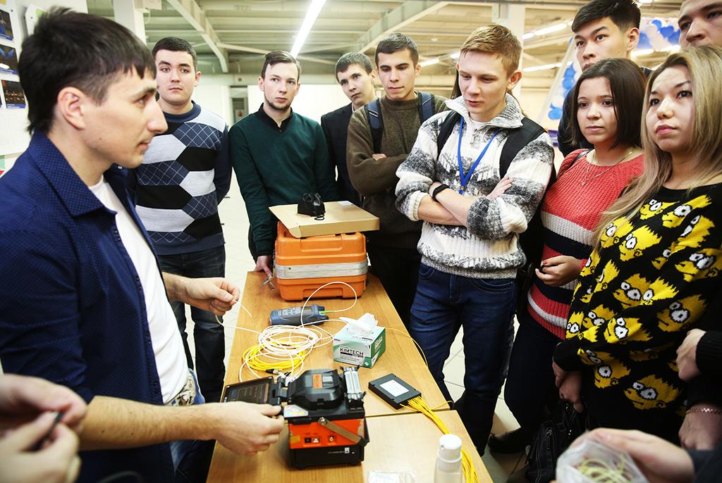 Дникарьеры: работодатели заинтересуют молодых специалистов ТУСУРа