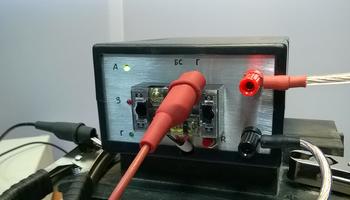 Разработанный вТУСУРе прибор длянепрерывной зарядки аккумуляторов покажут навыставке «Рост.UP»