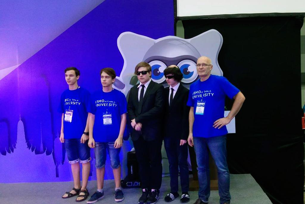 Ректор ТУСУРа Александр Шелупанов: «Успех российских команд наRoboCup вТаиланде – большая победа длянашего университета»