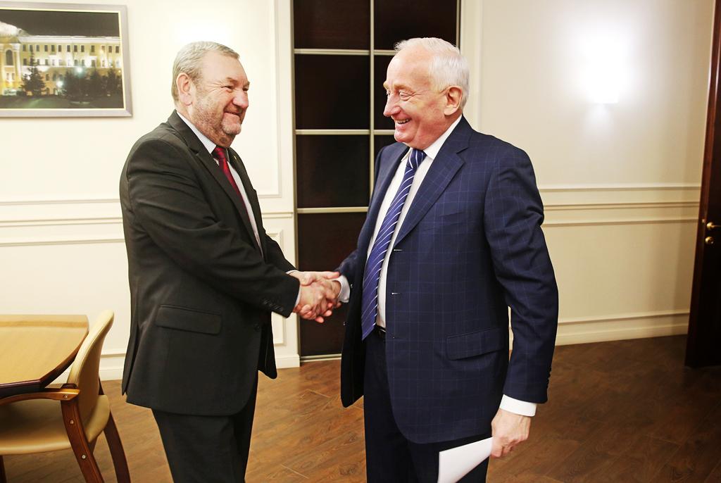 ВТУСУР срабочим визитом прибыл сенатор отТомской области Виктор Кресс